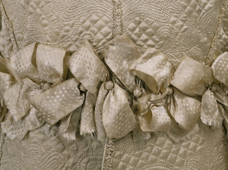 Suit, ivory satin, quilted, with applied silk braid, England (made), 1635-1640(made), <br />© Victoria and Albert Museum, London.